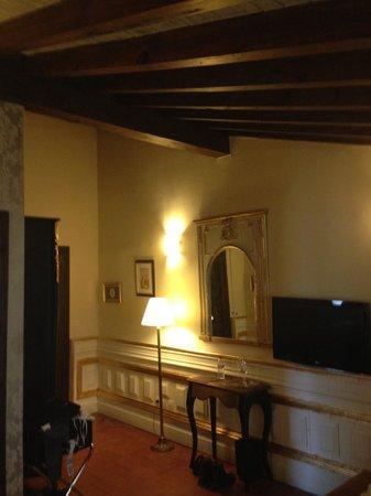 Hotel Casa 1800 Granada: Our room