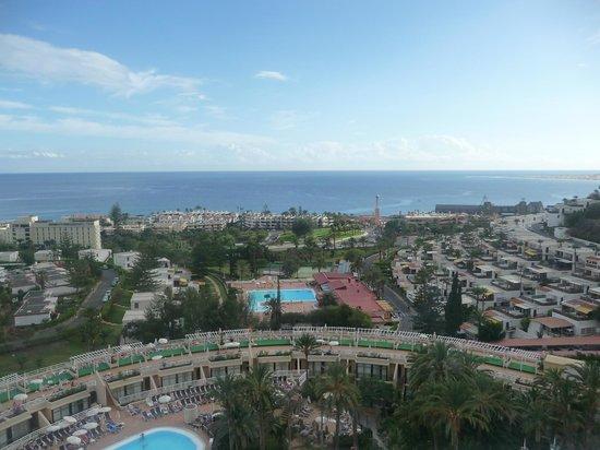 Gloria Palace San Agustín Thalasso & Hotel : Aussicht vom Zimmer zum Meer