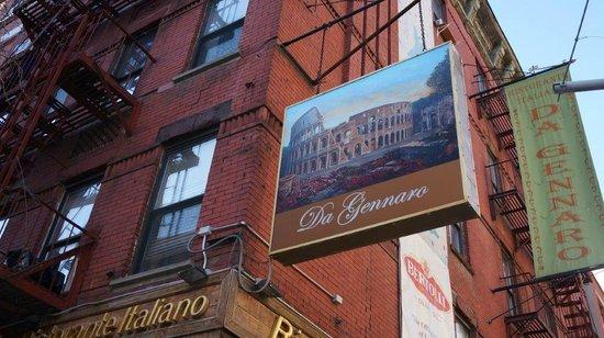 Da Gennaro Restaurant : Extérieur