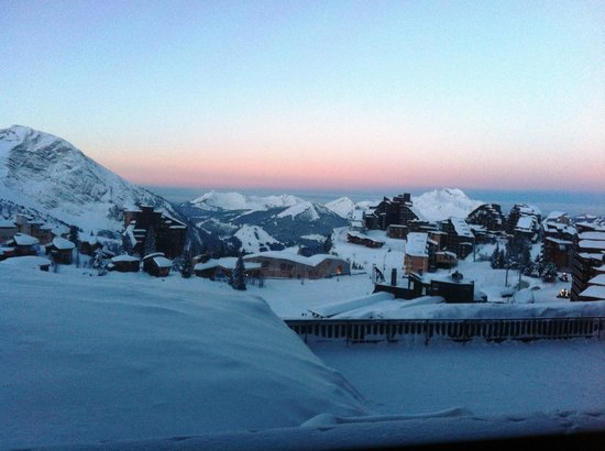 Club Med Avoriaz: Stunning Avoriaz sunset from our balcony