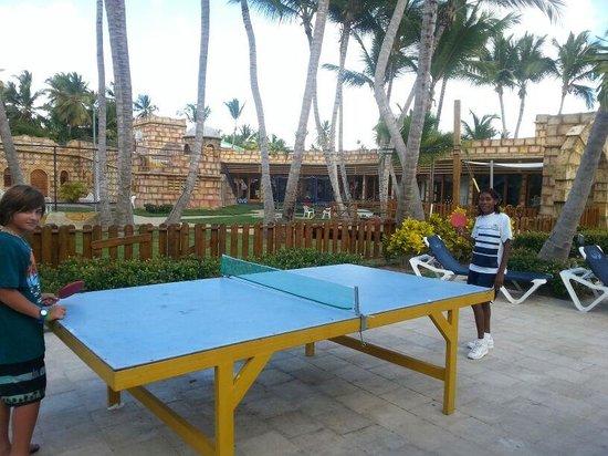 Grand Palladium Punta Cana Resort & Spa: luchando con el equipo de animación