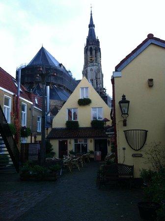 Hotel de Emauspoort: Courtyard