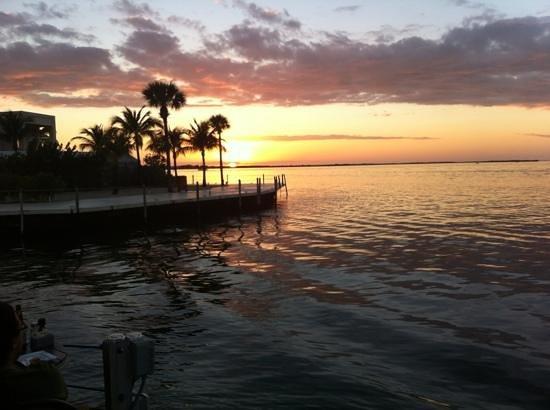 Ocean Pointe Suites at Key Largo: Beautiful Sunset