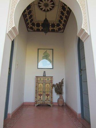 Riad Sahara Nour : de ingang van 2 kamers in de riad