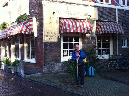 Hotel de Emauspoort: Outside Hotel