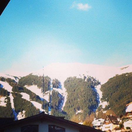 Schmittenhöhe: View from room 504 at Hotel Tirolerhof