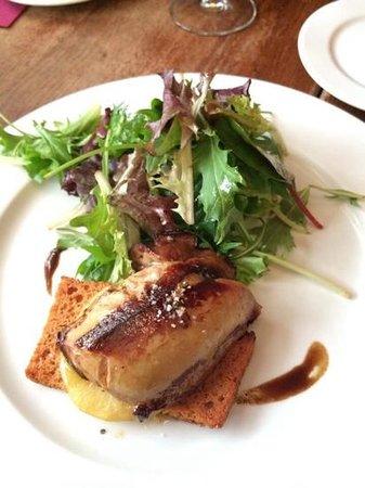 Comptoir de La Gastronomie : foie gras with pineapple and toast!