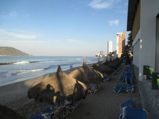 El Cid Castilla Beach Hotel: Looking North