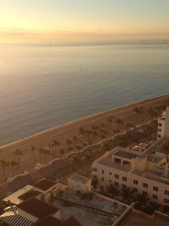 Beach Place Towers Fort Lauderdale: Oceanfront View