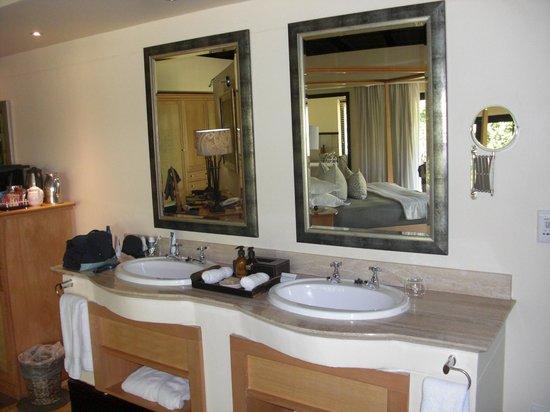 Shamwari Game Reserve Lodges: Zimmer