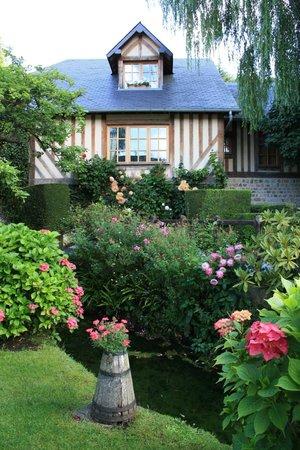 Auberge de la Source - Hôtel de Charme : Garden