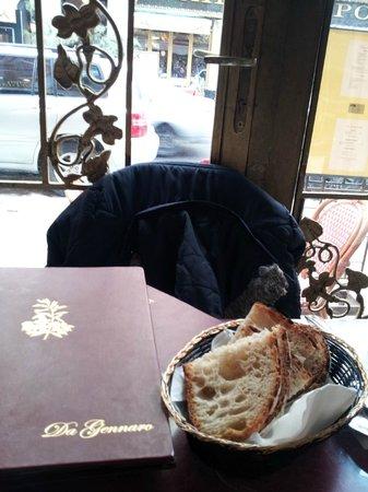 Da Gennaro Restaurant : The table and menu