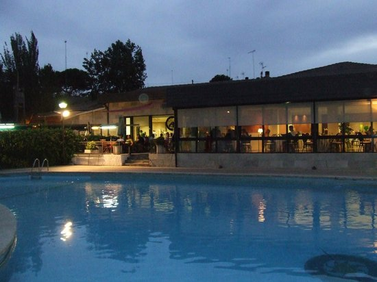 Piscina Picture Of Osuna Hotel Madrid Tripadvisor