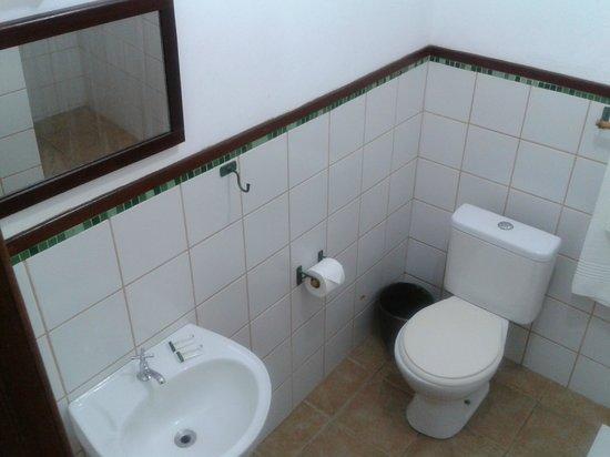 Pousada Dos Cajueiros : our bathrooms