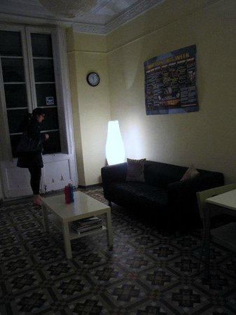 Barcelona 4 Fun Hostel: lounge
