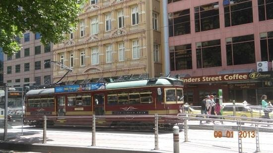 City Circle Tram: трамвай мельбурна