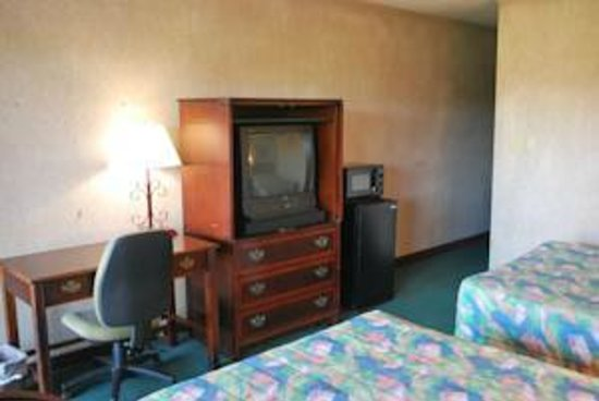 Best Motel Lakeland : Comes with a work desk and desk lamp