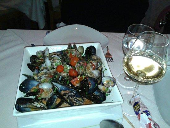 Il Vesuvio: Fantastica zuppa di cozze!!