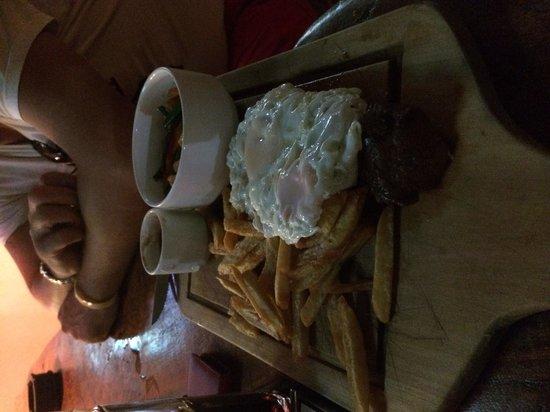 Yibba Yabba Sports Bar & Diner: Steak, double eggs & chips!!
