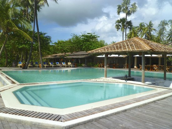 The Palm Beach Resort : pool