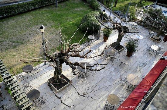Hotel Le Vallon de Valrugues & Spa : La terrasse