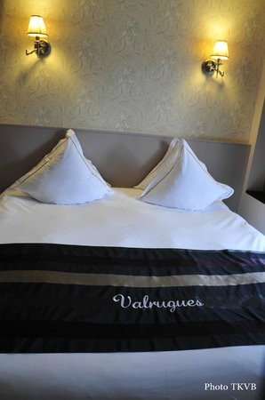 Hotel Le Vallon de Valrugues & Spa : Literie