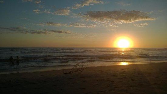 Bahia del Sol Hotel: La playa2