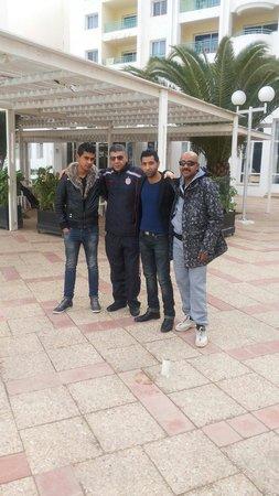 El Mouradi El Menzah: A bord de piscine