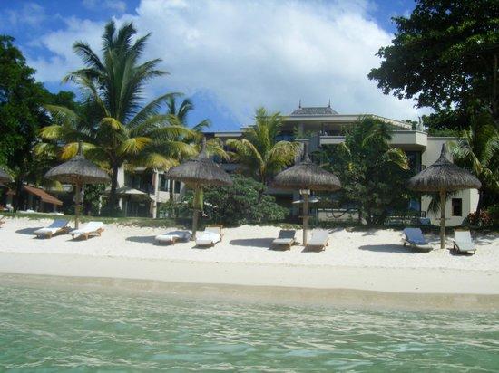 Le Cardinal Exclusive Resort: hotel vue de la mer