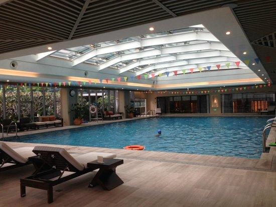 Ascott IFC Guangzhou: Heated Indoor Swimming Pool