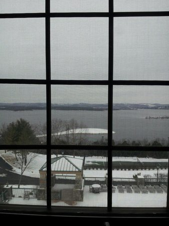 Chateau on the Lake Resort & Spa : The view