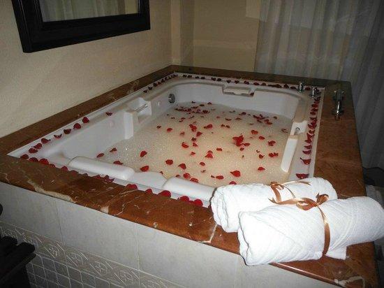 The Royal Playa del Carmen : Bath