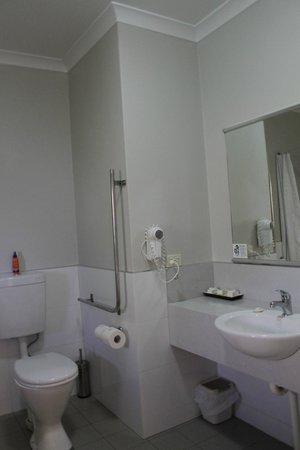 Vintages Accommodation: Ванная комната
