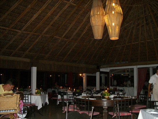 Arraial D'Ajuda Eco Resort: otimo jantar a la carte