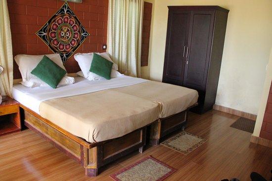 Wynberg Resorts: Schlafzimmer mit Doppelbett und Balkon (nicht im Bild)