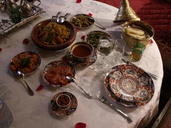 Riad Kniza Restaurant: And served the meal we made...