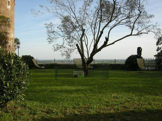 Castello di Buttrio: Garten