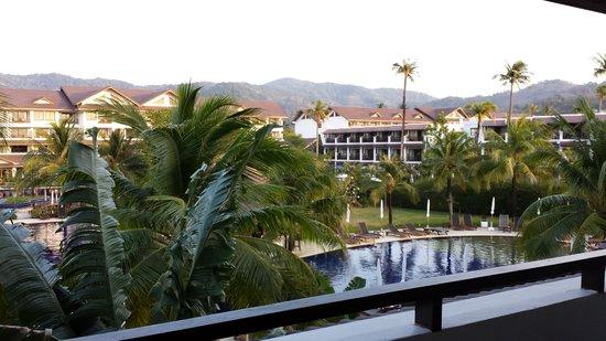 Kamala Beach Resort (a Sunprime Resort): piscine
