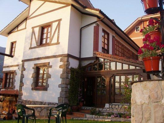 Hotel Rural Villa Elena: Terraza-Comedor