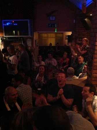 Saddle or sail bar:: Bit of an atmosphere tonight