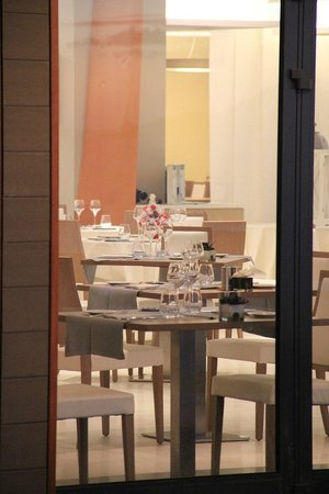 Radisson Blu Resort & Spa, Ajaccio Bay : Salle de resto