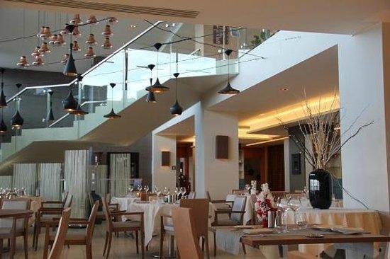 Radisson Blu Resort & Spa, Ajaccio Bay : Hauteur sous plafond