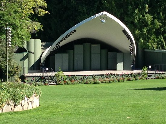 The Butchart Gardens : Outdoor Concerts