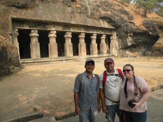 Elephanta Caves : Elephanta  Caves ,worth  a  visit !