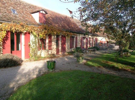 Domaine de bellevue cottage chambre d 39 h tes bnb cabane - Chambre d hote dans les arbres ...