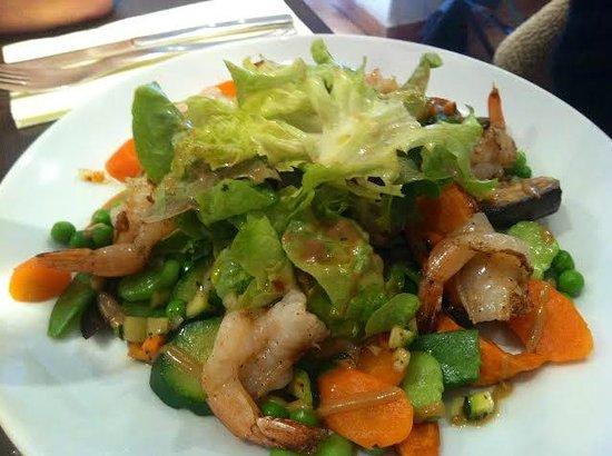 L'Atelier du dejeuner : Salade aux crevettes papillons