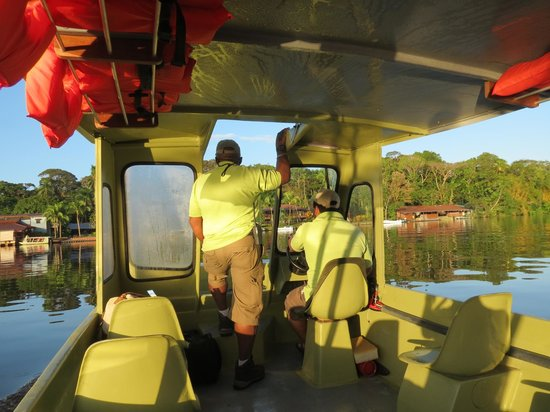 Tortuga Lodge & Gardens: Boat ride to Lodge from airstrip.