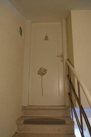 Diocletian's Rooms: Door to the room at the top level= Porta Aurea