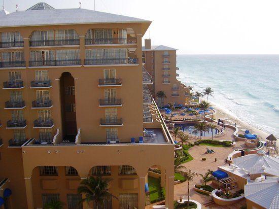 The Ritz-Carlton, Cancun: Hotel view from room