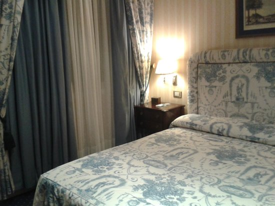 Gran Hotel Velazquez: DORMITORIO